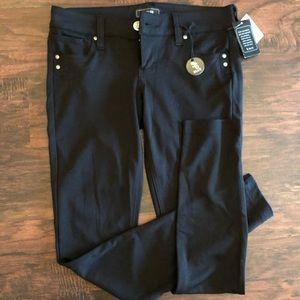 Black Jean jegging. NWT